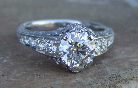 How Are Vintage Engagement Rings Different From Modern Rings?