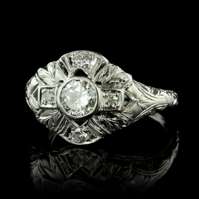 Art_Deco_18K_White_Gold_Diamond_Ring.jpeg