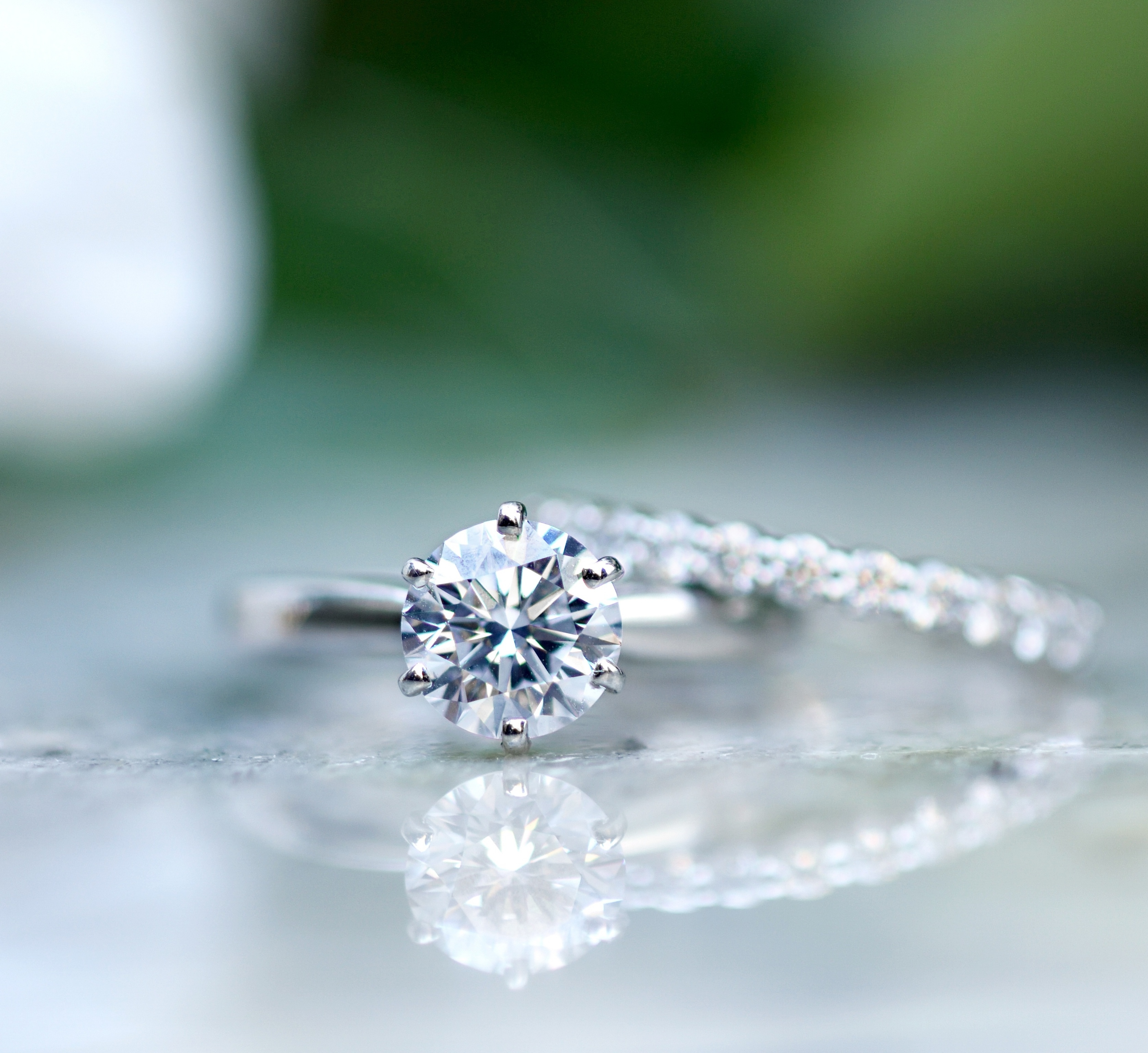 Best Diamond Shapes For An Engagement Ring Round Diamonds