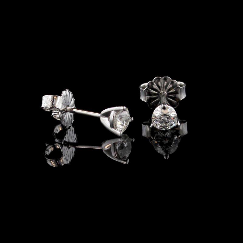 Long's Jewelers 1/4 Carat Diamond Stud Earrings