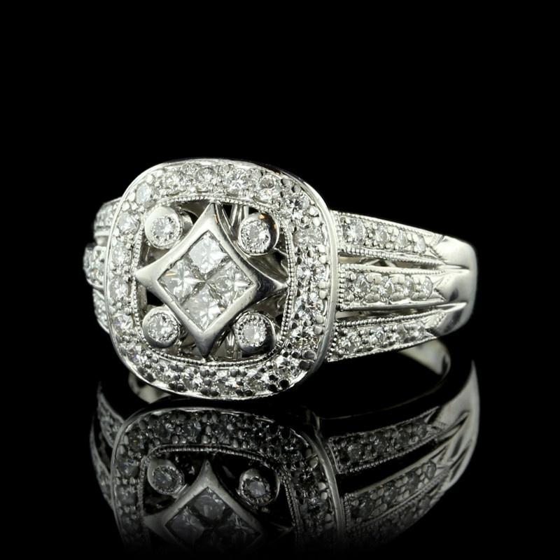18k white gold cluster diamond halo ring