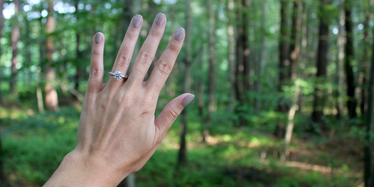 8 Engagement Ring Tips For Your Outdoorsy Girl