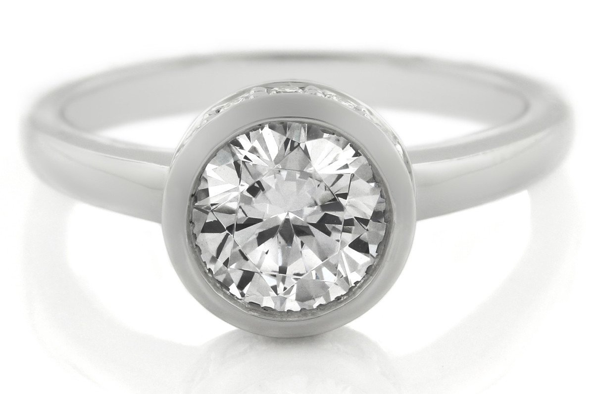 5 Reasons To Consider A Bezel Set Engagement Rings