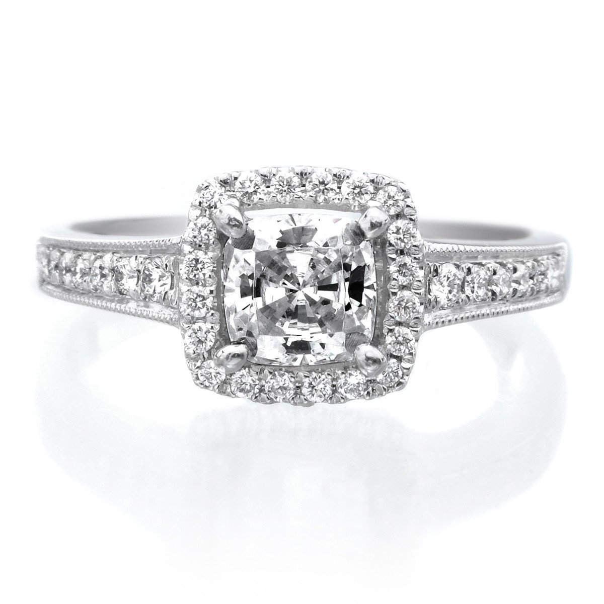 Top 5 Best Engagement Ring Settings: Pave Setting