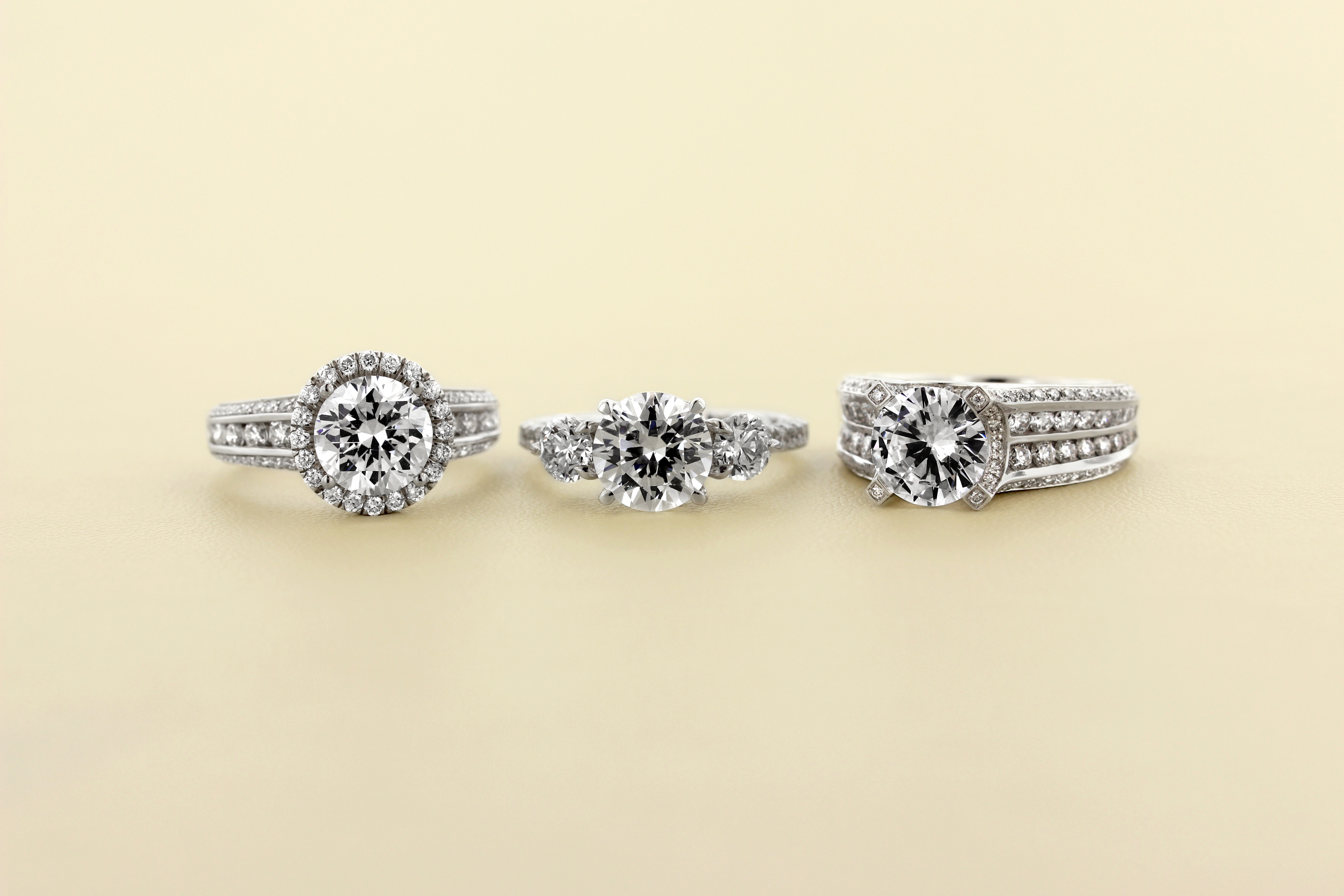 Insider Secrets To Keeping Your Diamond Sparkling Don't Touch The Diamonds