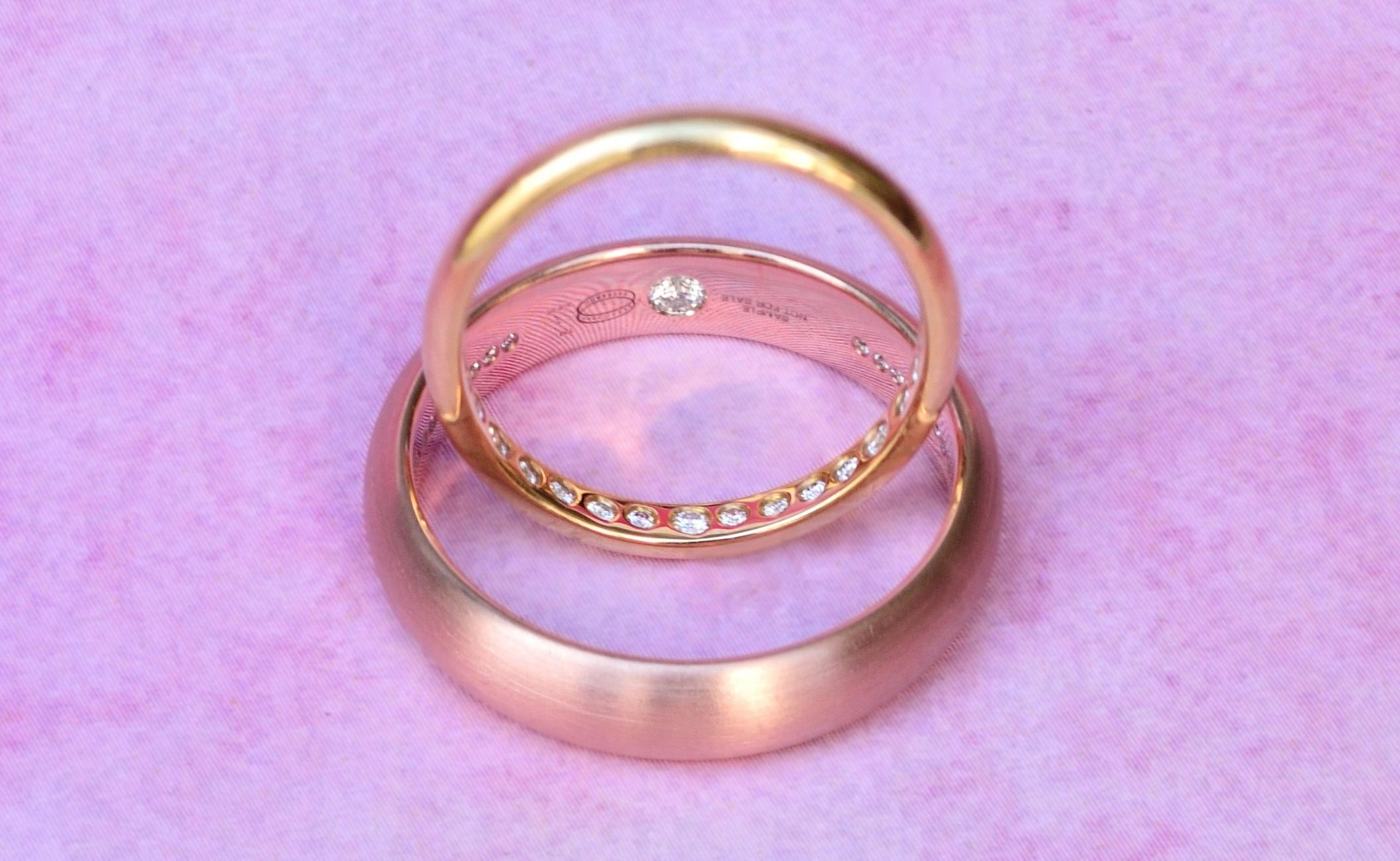 Add Diamonds & Gemstones In The Wedding Band