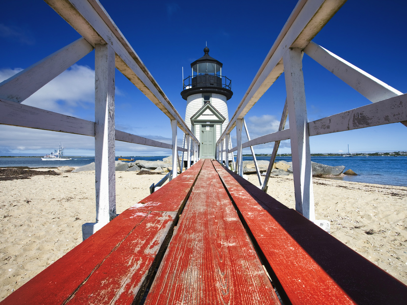 Most Romantic Proposal Locations in Cape Cod Brant Point Light House Nantucket