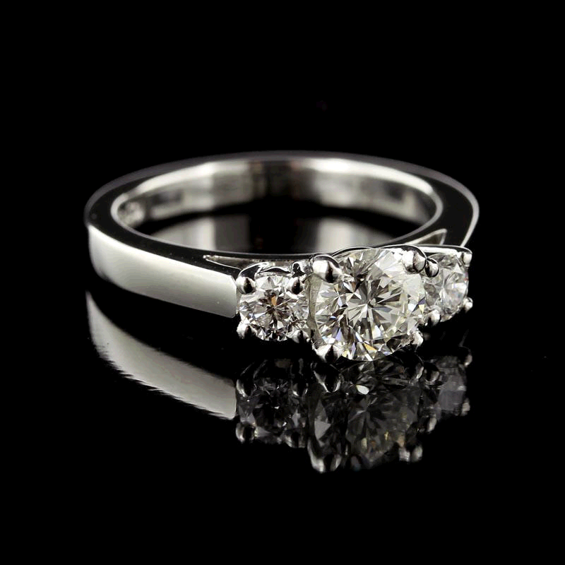 7 Best Selling Diamond Engagement Rings In 2014